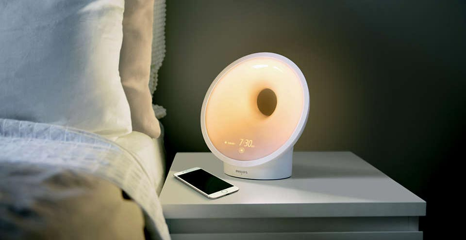 Philips SmartSleep Connected on bedside table