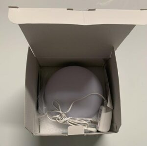 Miroco MI-CL005 Light Therapy Lamp in box